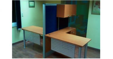 i92 workstation with alumimnium partition